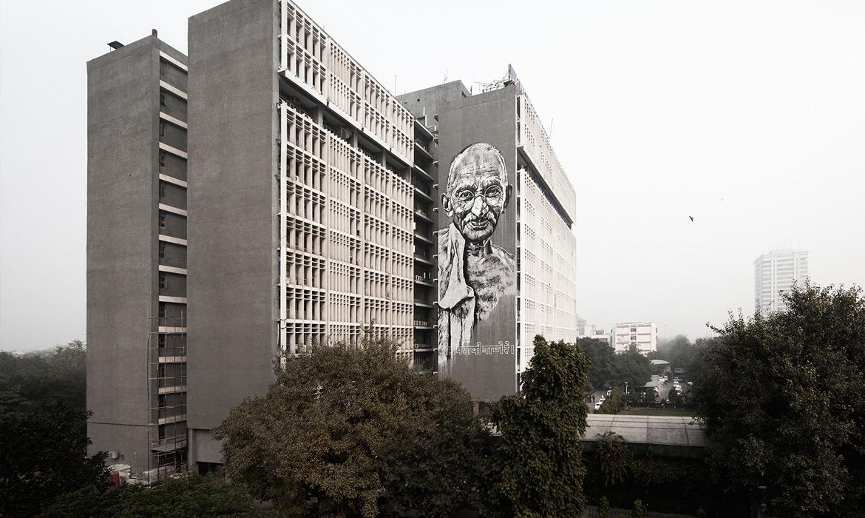 ECB04